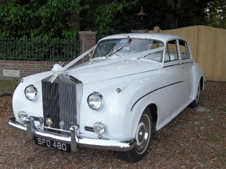 Rolls Royce Silver Cloud wedding car in Hampshire