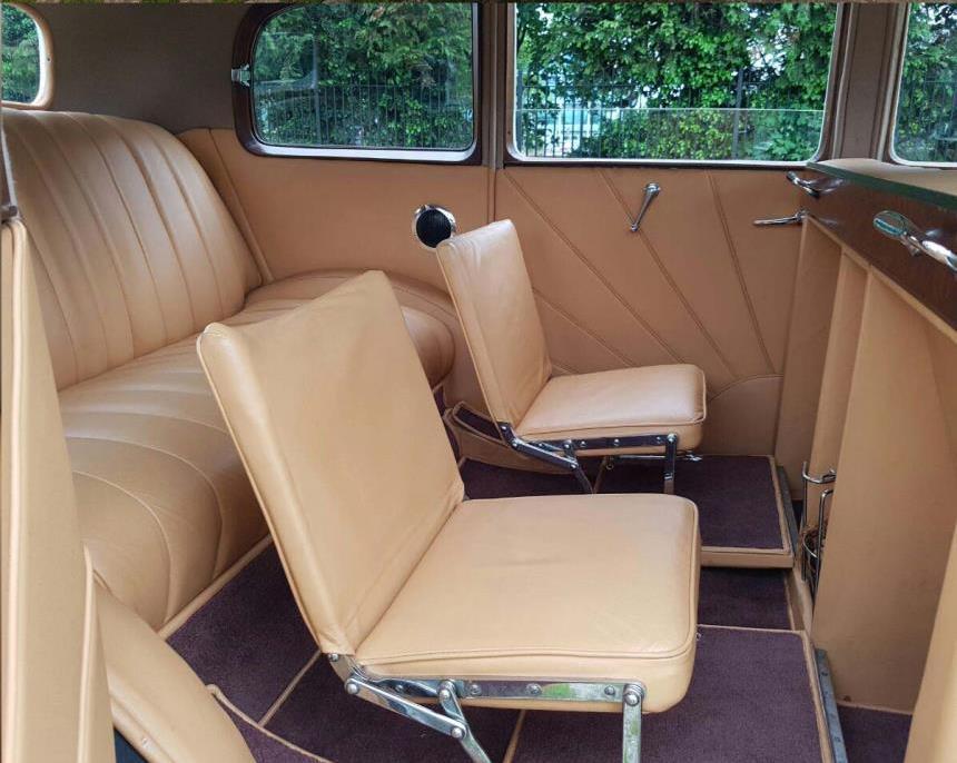 vintage 1939 rolls royce rolls royce wedding car hire in london. Black Bedroom Furniture Sets. Home Design Ideas