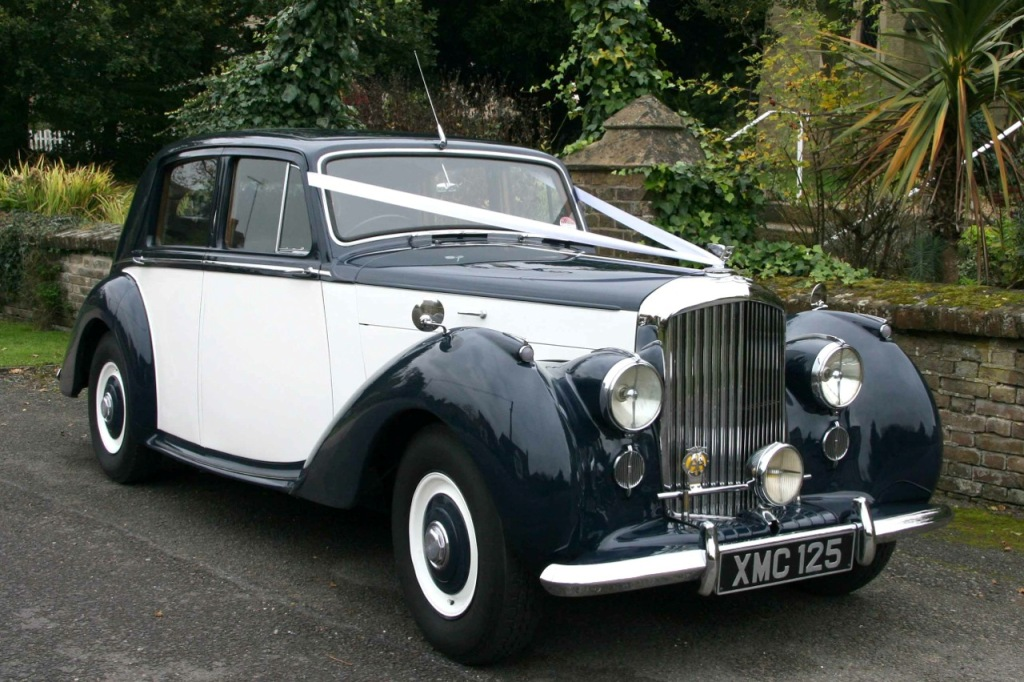 Vintage Bentley Wedding Car Hire