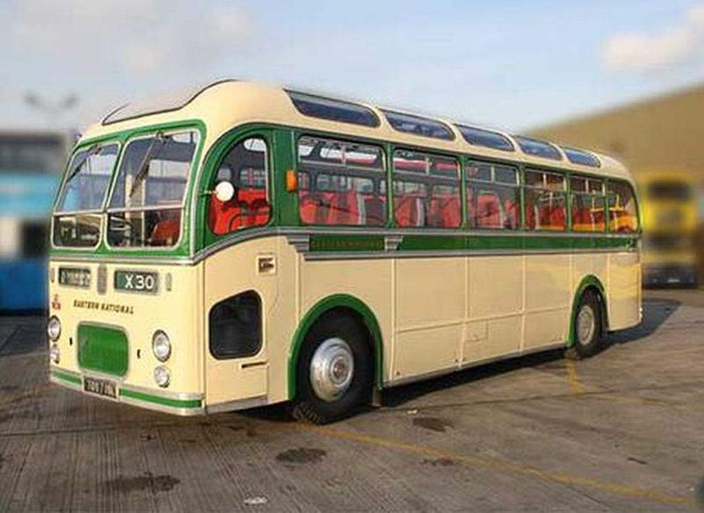 Single Deck Classic Buses Buses For Wedding Hire In London And Essex