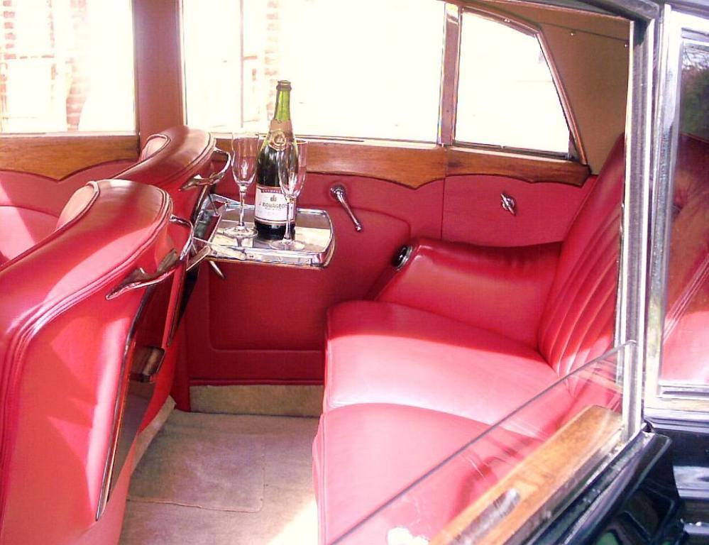 classic bentley wedding car bentley mkv1 wedding hire in canterbury. Black Bedroom Furniture Sets. Home Design Ideas