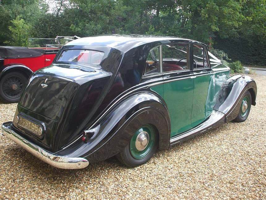 classic bentley wedding car bentley wedding hire in. Black Bedroom Furniture Sets. Home Design Ideas