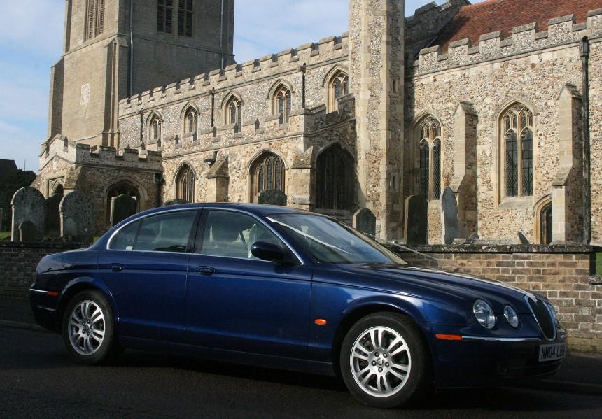 Modern Jaguar Jaguar S Type Wedding Car In Royston Hertfordshire