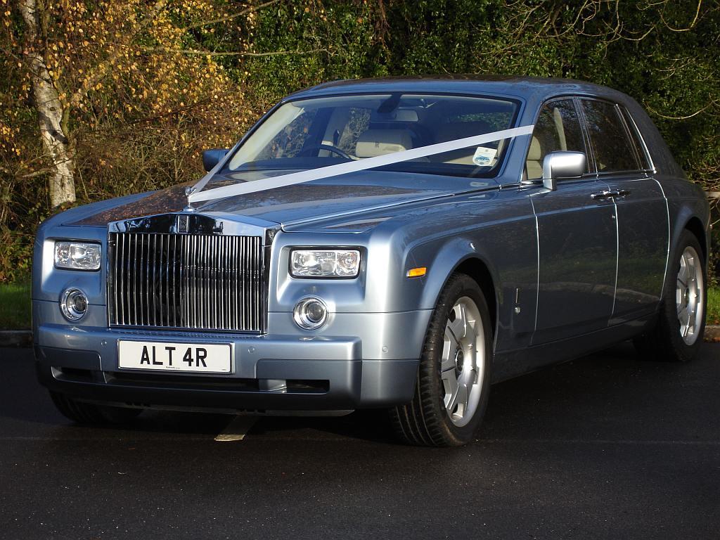 Rolls royce phantom wedding car 2017 for Rolls royce motor cars