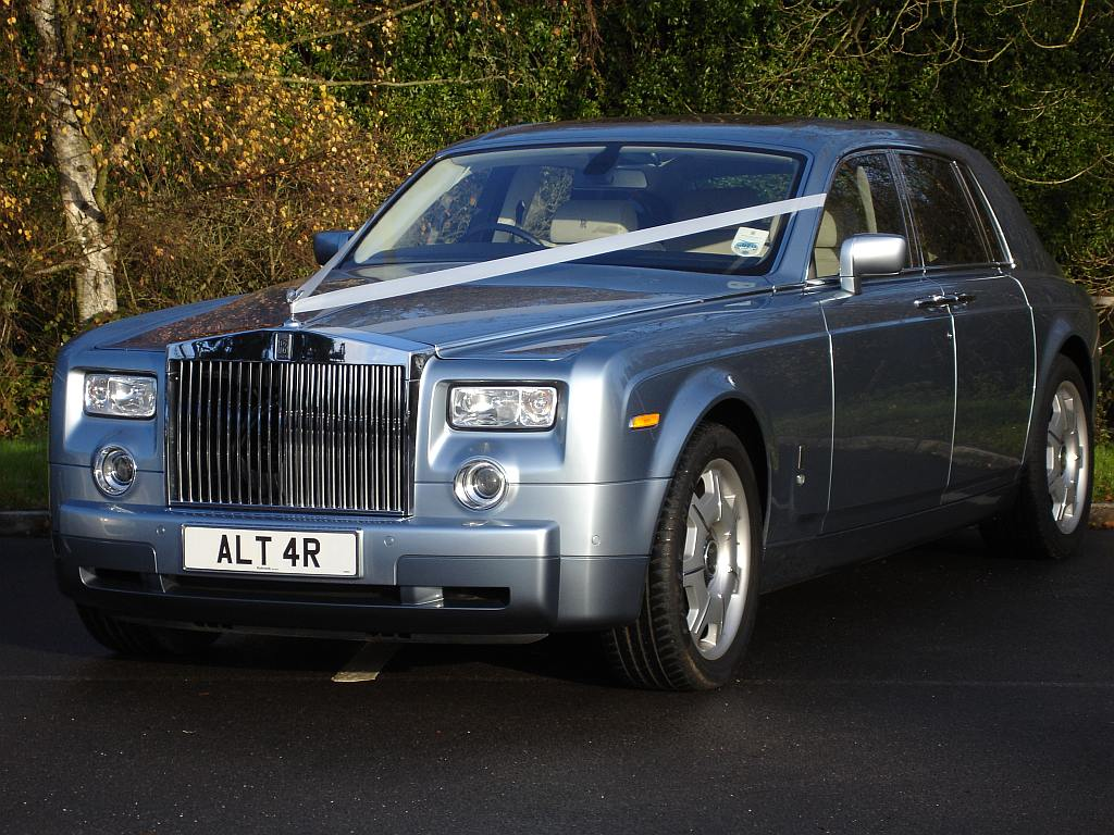 rolls royce phantom wedding car rolls royce wedding hire guildford. Black Bedroom Furniture Sets. Home Design Ideas