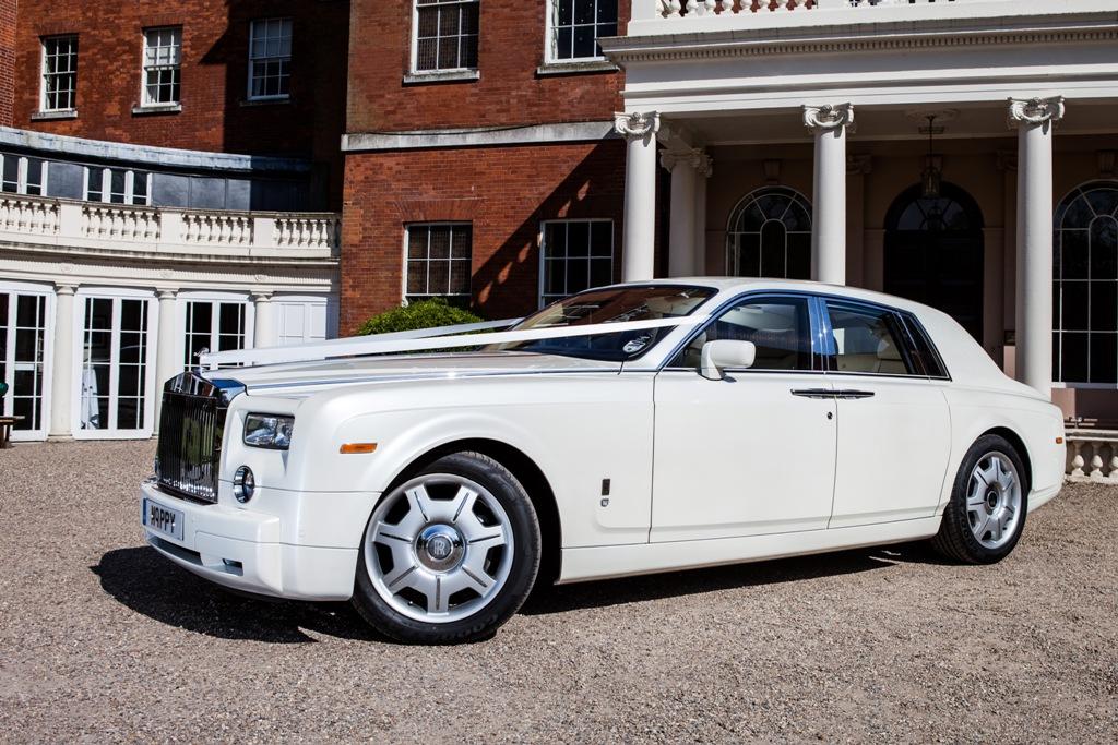 Rolls royce phantom rolls royce wedding car cuffley for Rolls royce motor cars