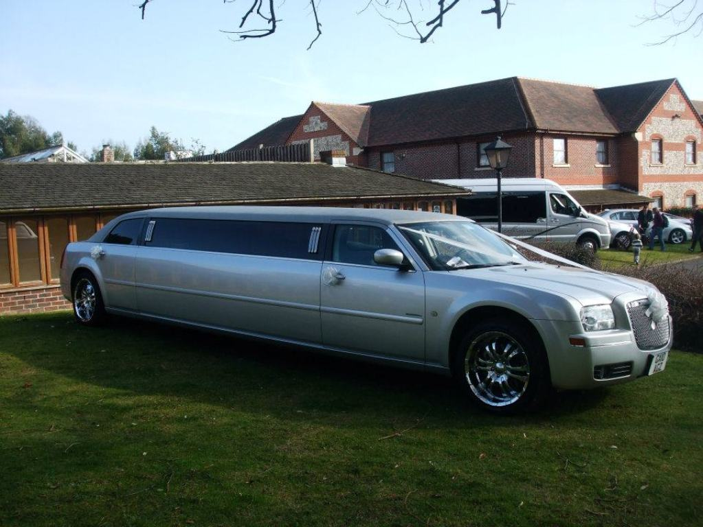 Rolls Royce Limo >> Silver Limousine | Limousine For Weddings In Chichester ...