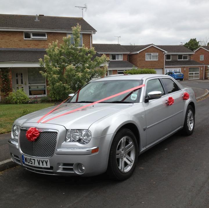 Silver Chrysler Wedding Car Silver Wedding Car In