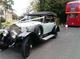 Vintage Rolls Royce for weddings in Ashford