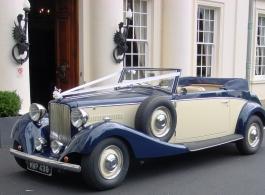 1930s vintage Jaguar for weddings in Basingstoke