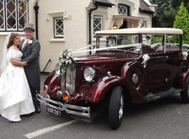Vintage 1930s style wedding car hire in Ringwood
