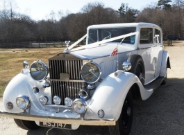 Vintage Rolls Royce for weddings in Winchester