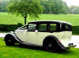 Vintage Rolls Royce for weddings in Huddersfield