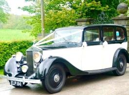 Vintage Rolls Royce wedding car in Sheffield