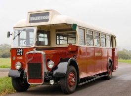 Vintage wedding bus hire in South Molton, Devon