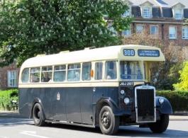 Vintage bus for weddings in Bristol
