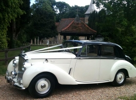 Classic white Bentley for weddings in Portsmouth