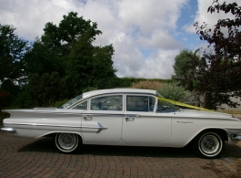 Classic American car for weddings in Maidstone
