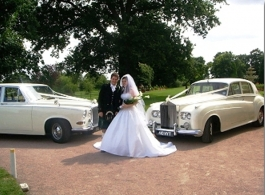 Classic Rolls Royce Silver Cloud for weddings in Brentwood