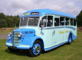 Vintage wedding bus hire in Doncaster