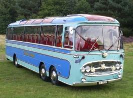 Vintage coach for weddings in Worksop