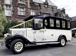 Vintage wedding bus hire in Hitchin