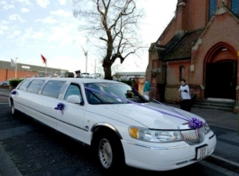 8 seat stretch Limousine for weddings in Southampton