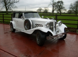 Vintage Style Beauford for weddings in Hatfield