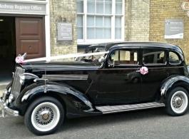 Vintage American car for weddings in Maidstone