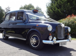 Classic Black London Cab for wedding hire in Lndon and Essex