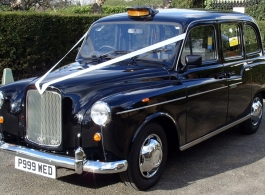 Black London Taxi For Wedding Hire In Ascot