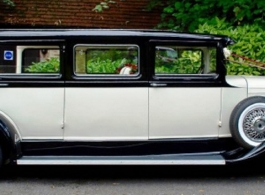 Vintage style Bramwith wedding car hire in Swindon