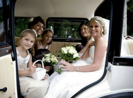 Wedding car for Bridesmaids in Berkshire