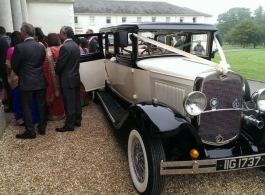 Bramwith wedding car hire in Slough
