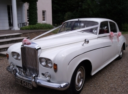Classic Bentley S3 for weddings in Rochester