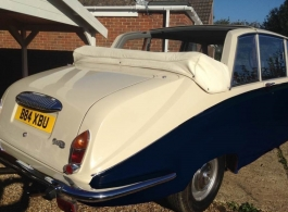 Cream and Blue Daimler for weddings in Tunbridge Wells