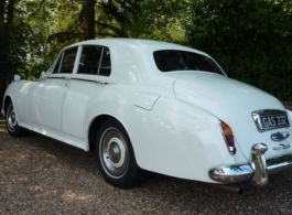 Classic Rolls Royce for wedding hire in Basingstoke