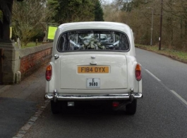 Classic White Taxi for weddings in Reading