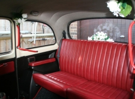 White Taxi wedding car hire in Newbury