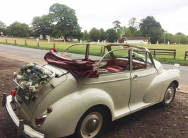 Classic Morris Minor for weddings in Whitstable