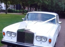 Classic Rolls Royce wedding car hire in Southend