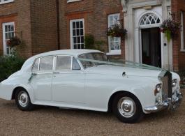 Classic 1960s Rolls Royce for weddings in Westerham