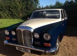 Classic Daimler Bridesmaids car in Maidstone