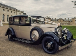Vintage Rolls Royce for weddings in Milton Keynes