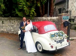 1960s Morris Minor for weddings in Maidstone