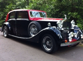 Vintage Rolls Royce for weddings in North London