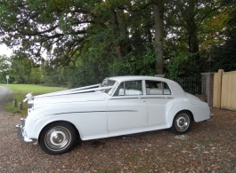 White classic Rolls Royce in Basingstoke