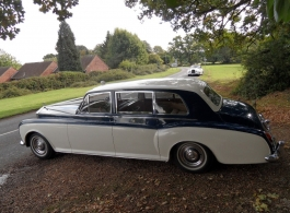 White Classic Rolls Royce in Basingstoke