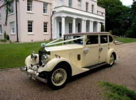 Vintage Rolls Royce for weddings in Rochester, Kent