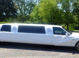 Stretch Limousine for weddings and proms in Middlesex